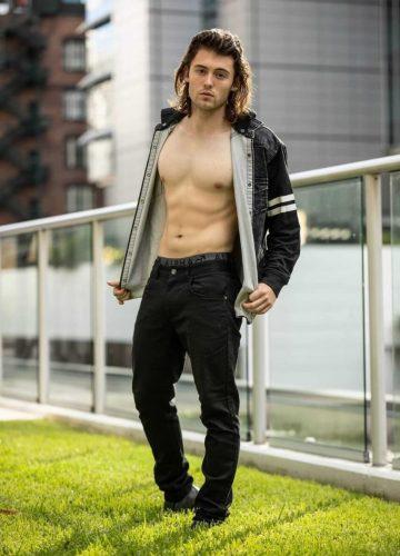 Vinnie Bris Stripper
