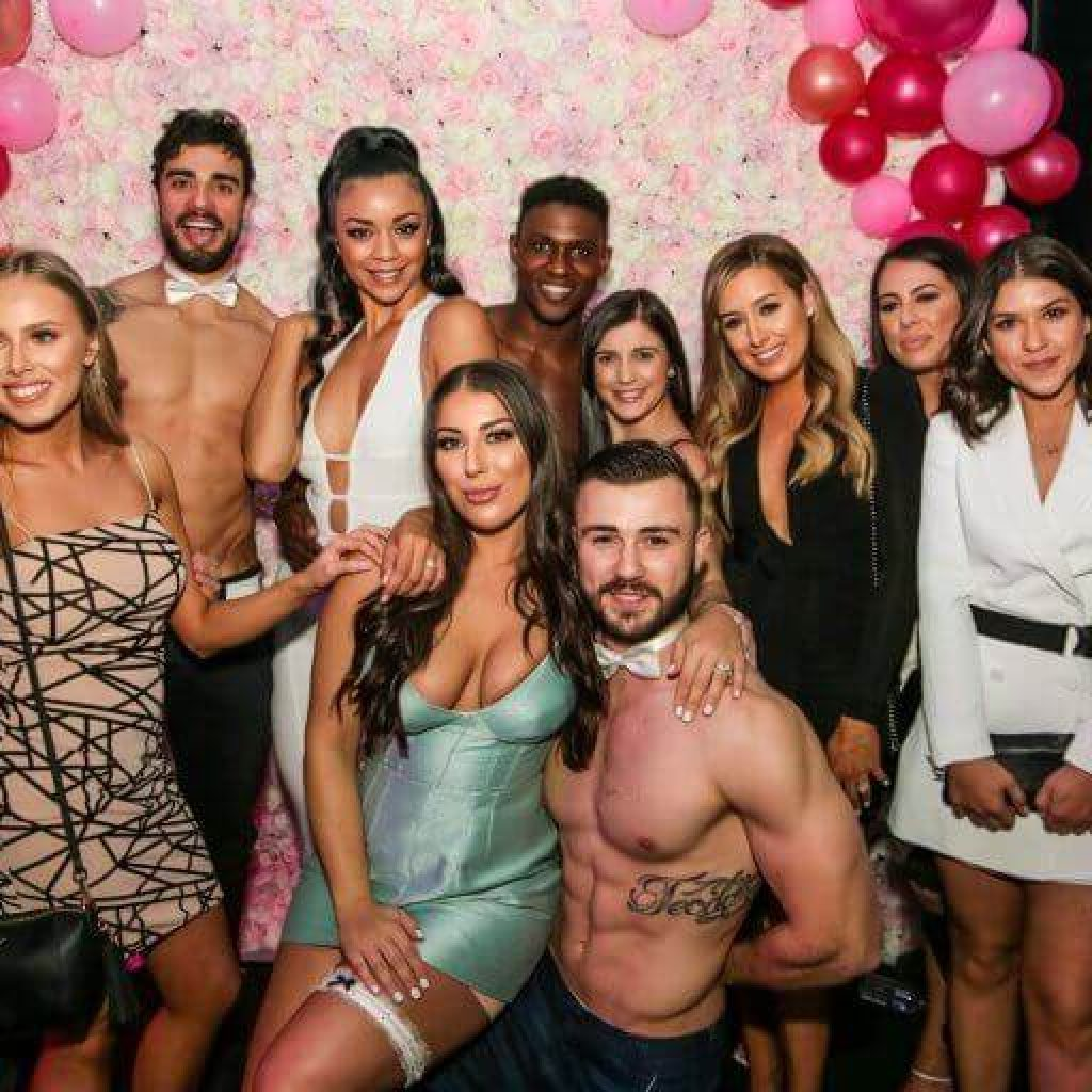 bare nights male strippers with beautiful ladies