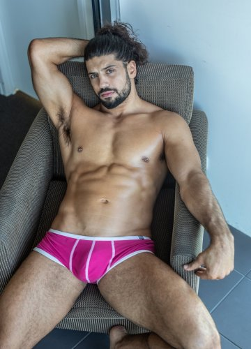 Brisbane topless waiter Apollo